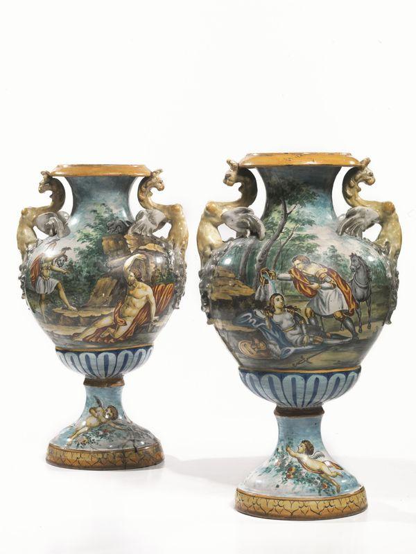 Coppia di vasi fine secolo xix in maiolica corpo a for Vaso greco a due anse