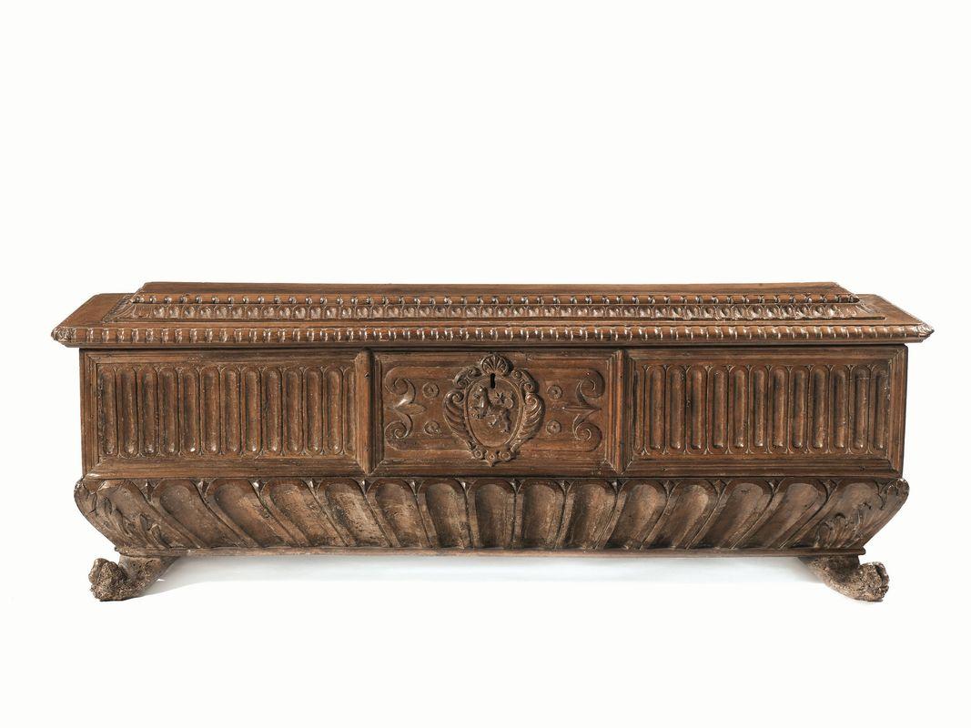 Cassapanca toscana prima met secolo xvii mobili ed for Asta mobili antichi