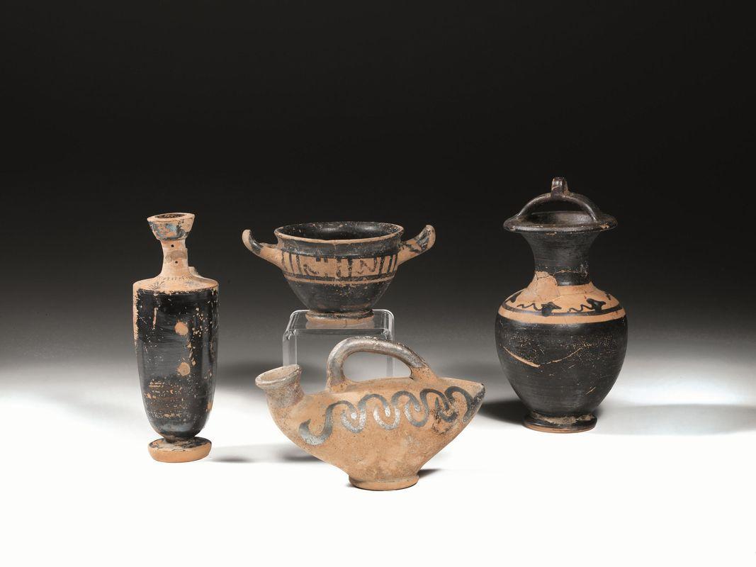 Quattro vasi greco campani asta reperti archeologici for Vaso greco a due anse