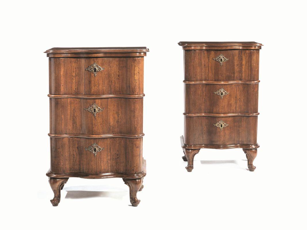 Coppia di cassettoncini veneto secolo xviii mobili ed for Arredi e mobili