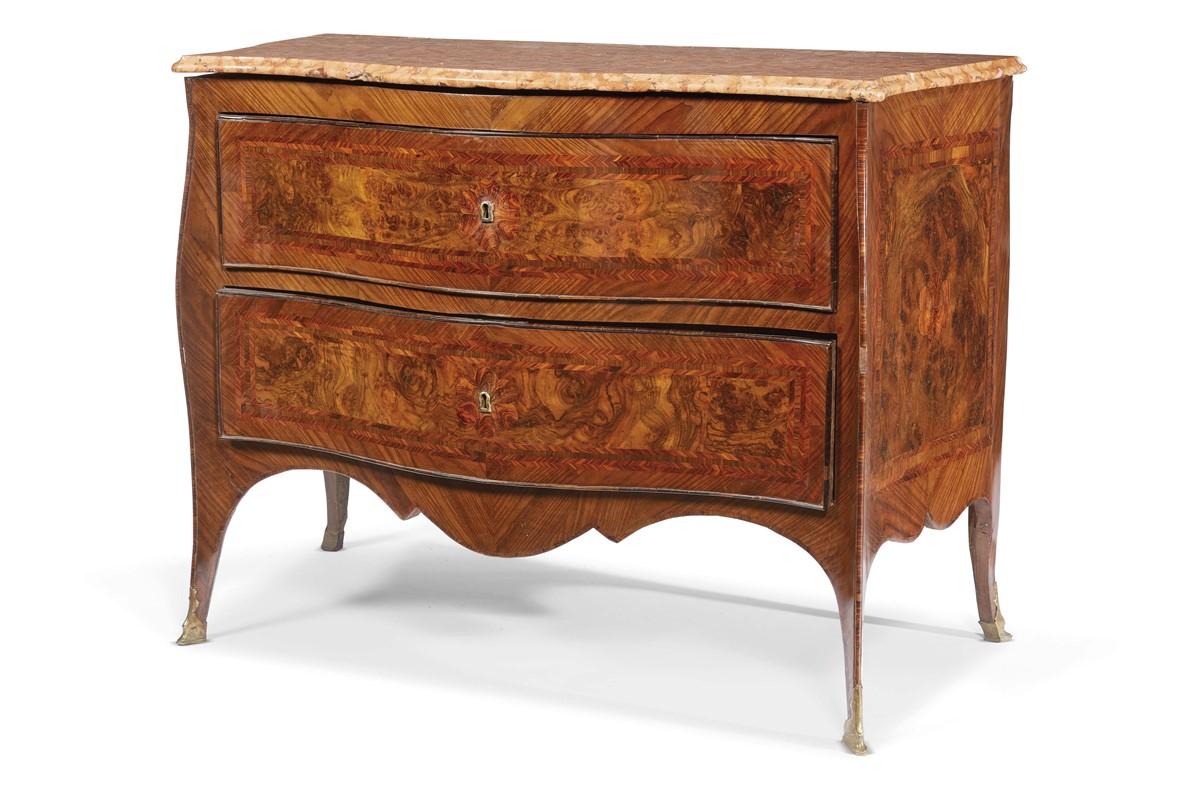 Coppia di cassettoni napoli secolo xviii mobili ed for Arredi e mobili